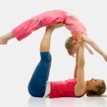 Семейная йога с Юлией Шелковиной. Видеоуроки