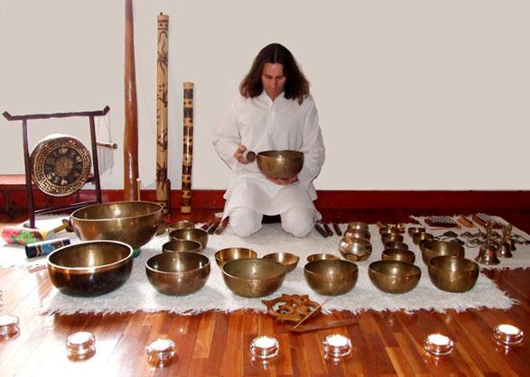 Тибетские поющие чаши.