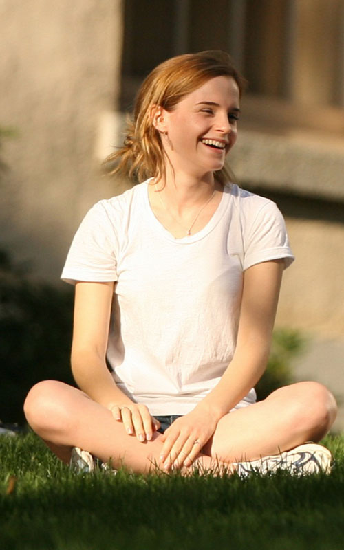 Exclusive - Emma Watson Begins Her Studies In The States