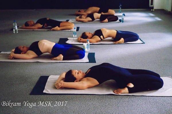 Бикрам йога или обычная йога