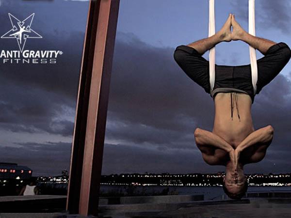 Кристофер Харрисон. Антигравити йога.