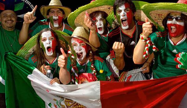 Мексиканцы болельщики, футбол.