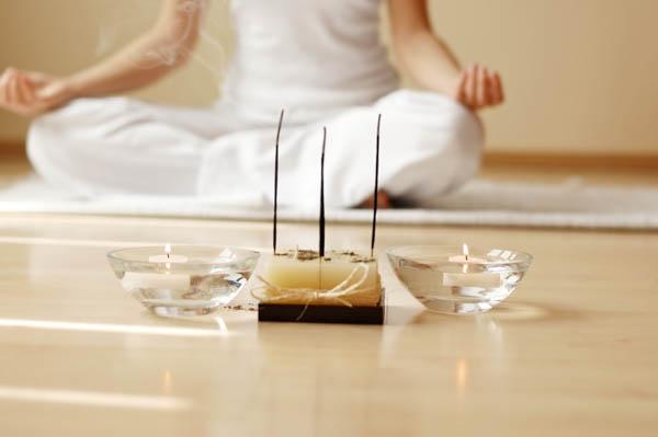 Медитация при свечах.